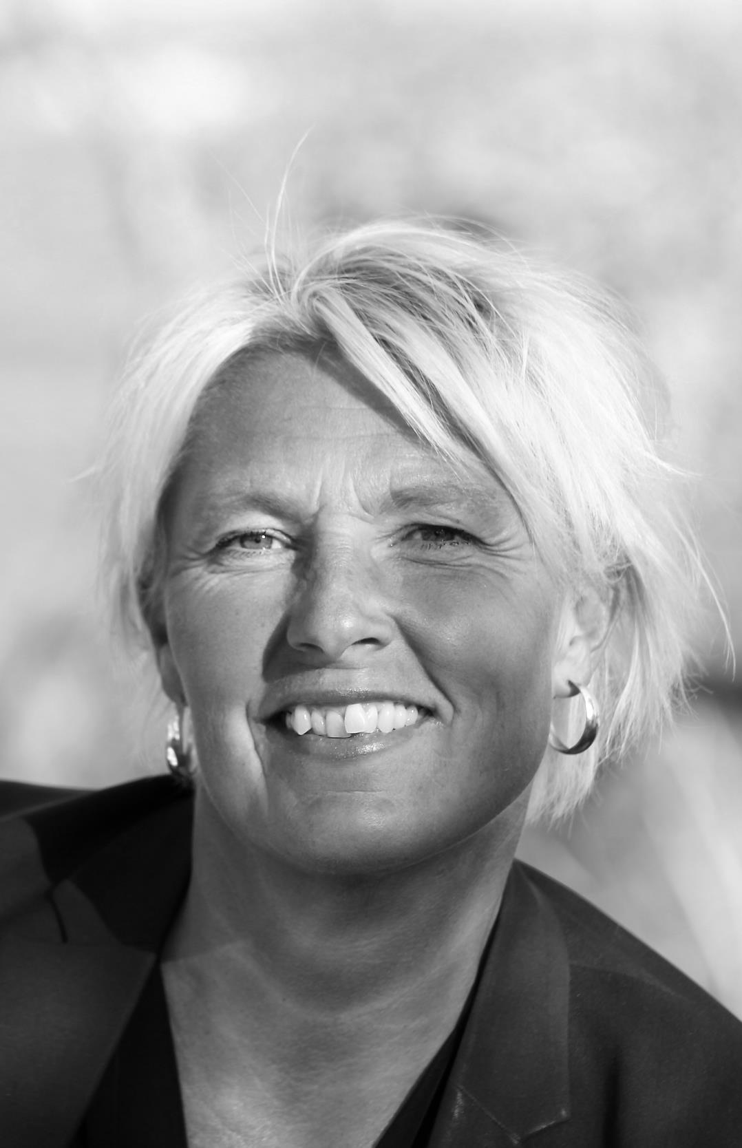 Anna Hansson : Massageterapeut /Idrottsmassör