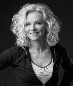 Stefanie Scheer : Massageterapeut, Nutritionist och Personlig Tränare
